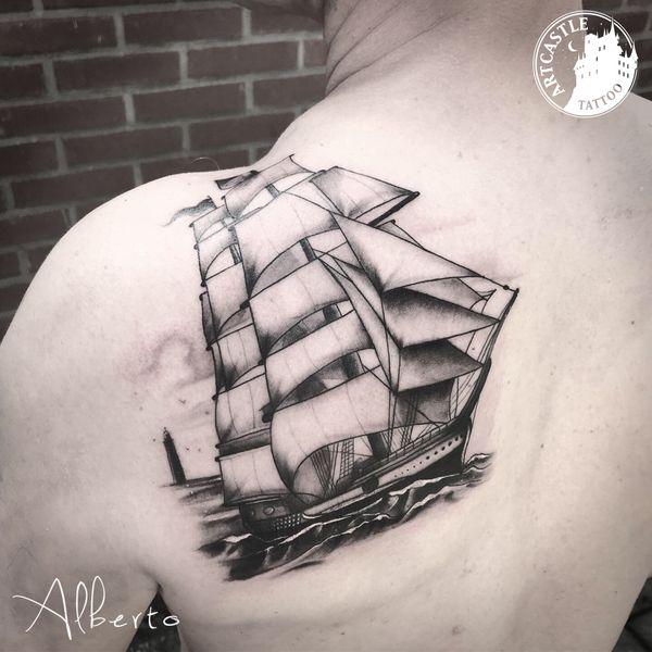 ArtCastleTattoo Tattoo ArtiestAlberto Ship on Back Black n Grey Black n Grey