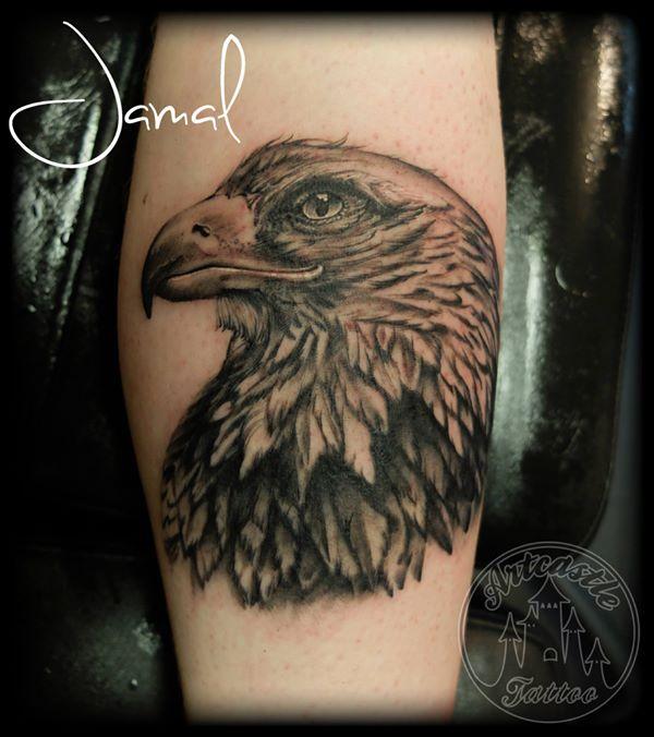 ArtCastleTattoo Tattoo ArtiestJamal Eagle on the leg Black n Grey