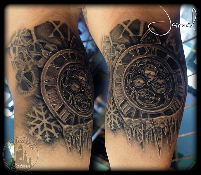 ArtCastleTattoo Tattoo ArtiestJamal Freezing time Black n Grey