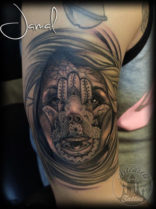 ArtCastleTattoo Tattoo ArtiestJamal Realistic Fatimas hand portrait Black n Grey