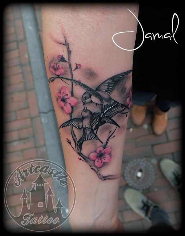 ArtCastleTattoo Tattoo ArtiestJamal Two Playing Swallows Color