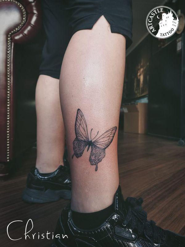 ArtCastleTattoo Tattoo ArtiestJona Butterfly with fingerprint lower leg Fineline