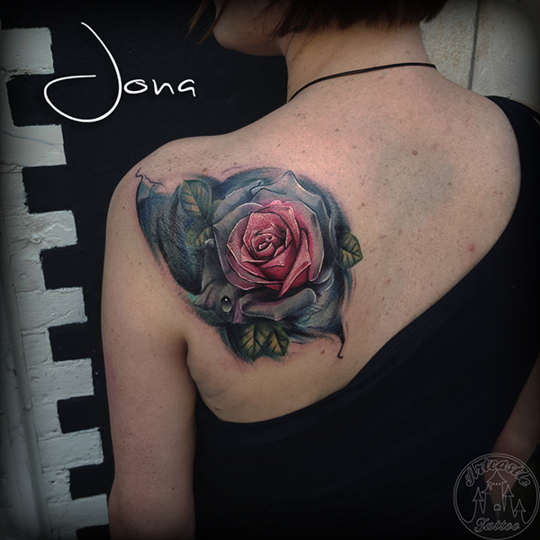 ArtCastleTattoo Tattoo ArtiestJona Coverup with a realistic rose in full vivid color on shoulder with water droplets Color