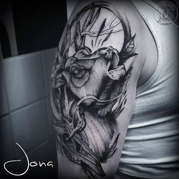 ArtCastleTattoo Tattoo ArtiestJona Elk with skull in blackwork on upper arm Blackwork