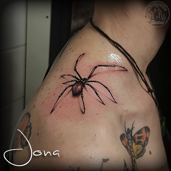ArtCastleTattoo Tattoo ArtiestJona Hyper realistic spider man spider tattoo color realism on top of shoulder Color