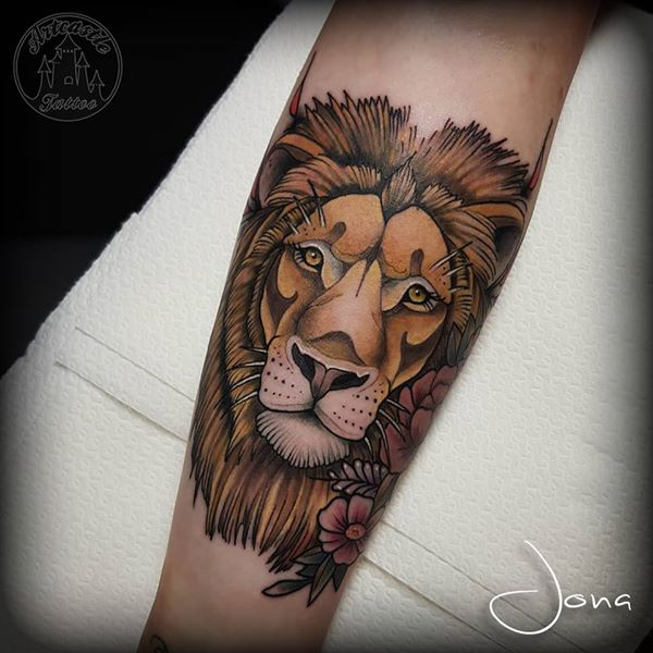 ArtCastleTattoo Tattoo ArtiestJona Neo Traditional Lion tattoo Color