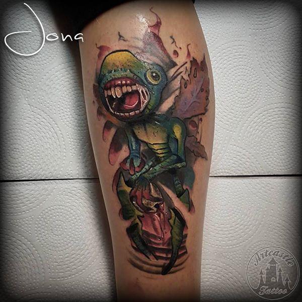 ArtCastleTattoo Tattoo ArtiestJona New school bug creature in full color Color