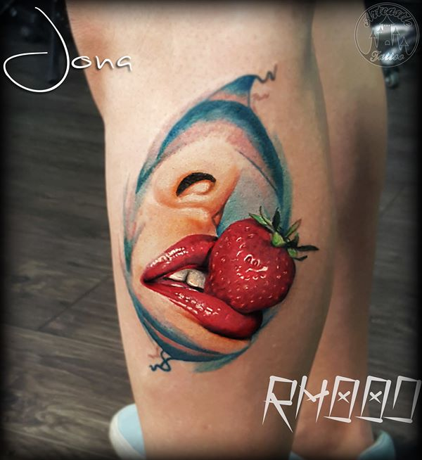 ArtCastleTattoo Tattoo ArtiestJona Realistic lips with strawberry Color