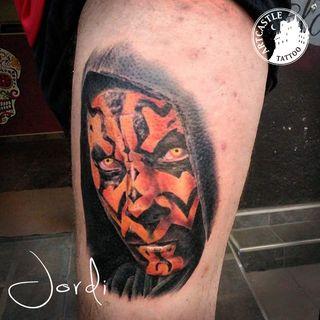ArtCastleTattoo Tattoo ArtiestJordi Face on leg Color
