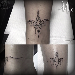 ArtCastleTattoo Tattoo ArtiestMax Delicate ankle chain design with mandala design and tight lines Blackwork