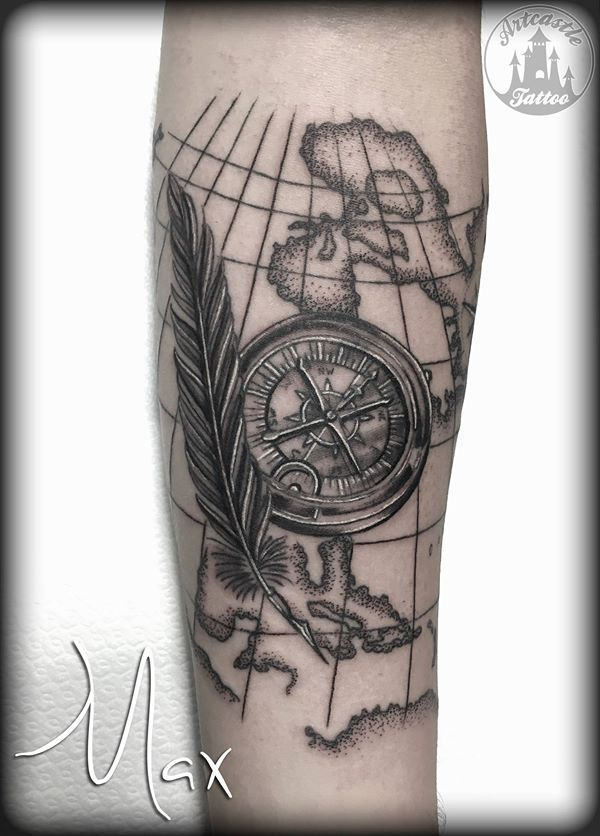 ArtCastleTattoo Tattoo ArtiestMax Feather with compass. Black n grey Black n grey