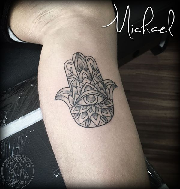ArtCastleTattoo Tattoo ArtiestMichael Black n grey hamsa hand tattoo with mandala upper arm Mandala