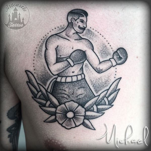 ArtCastleTattoo Tattoo ArtiestMichael Boxer on chest. Traditioneel Traditional