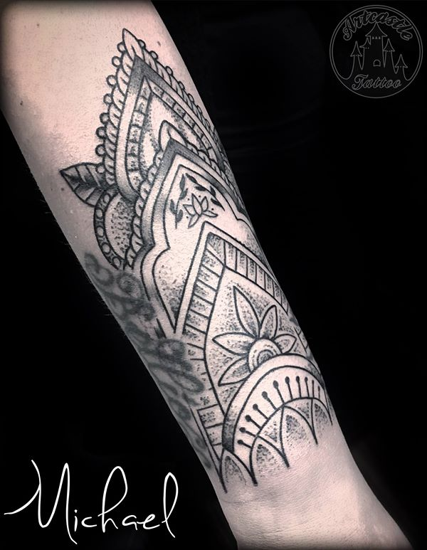 ArtCastleTattoo Tattoo ArtiestMichael Mandala tattoo black n grey dotwork on underarm Mandala
