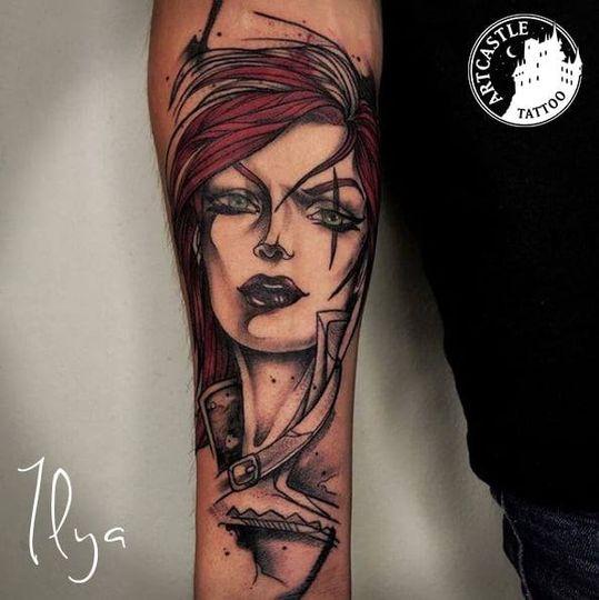 ArtCastleTattoo Tattoo ArtiestPrive Ilya Woman on arm Blackwork