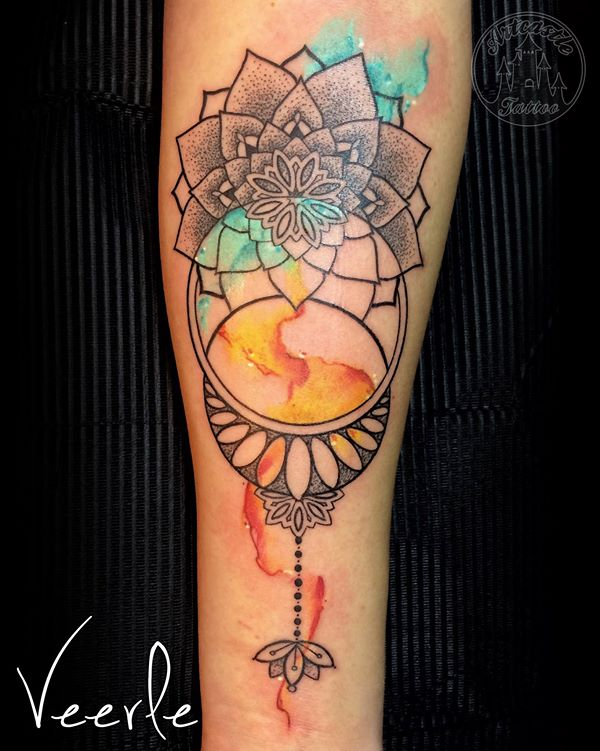 ArtCastleTattoo Tattoo ArtiestVeerle Mandalas with blue and orange watercolors Color