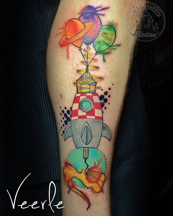 ArtCastleTattoo Tattoo ArtiestVeerle Rocket piece with ballons and watercolor splashes Color
