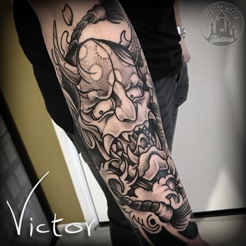ArtCastleTattoo Tattoo ArtiestVictor Hanya mask fingerwave tattoo lowerarm Japans Japanese