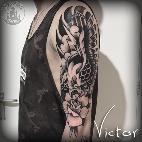 ArtCastleTattoo Tattoo ArtiestVictor Hawk rose tattoo upperarm Old school Old school