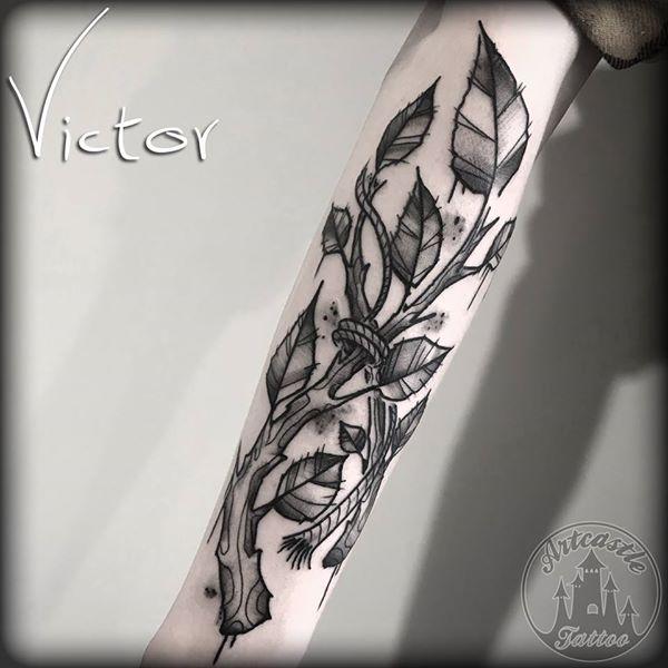 ArtCastleTattoo Tattoo ArtiestVictor Sketch tree branch tattoo lower arm Old School
