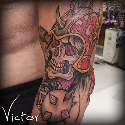 ArtCastleTattoo Tattoo ArtiestVictor Skull helmet morning star tattoo upperlowerarm Neo Traditioneel Neo Traditional