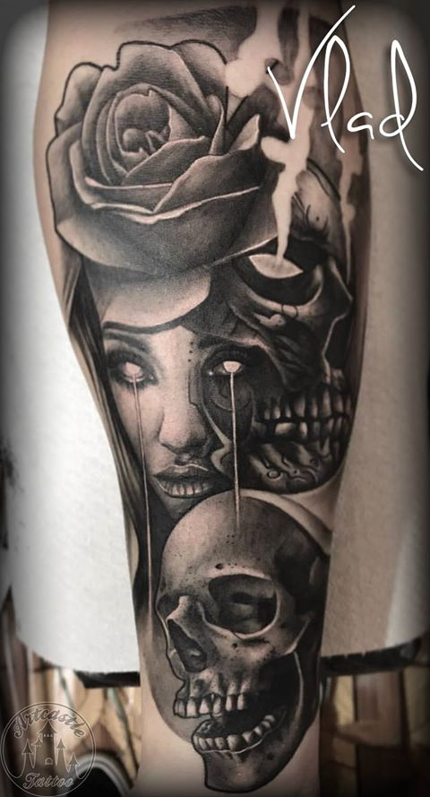 ArtCastleTattoo Tattoo ArtiestVlad Neo traditional realism fusion tattoo girls face with skulls and eye details black n grey Black n Grey